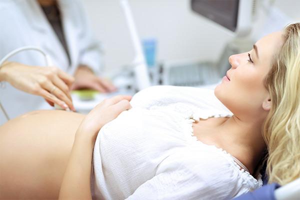 badania w gabinecie ginekologa